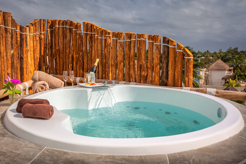 The outdoor SPA with panoramic Jacuzzi